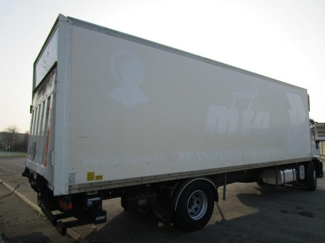 Noleggia Camion con Sponda caricatrice costi